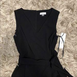Calvin Klein Blk Jump Suit VNeck Sleeveless